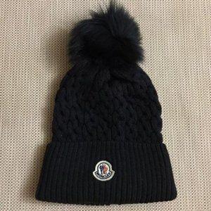 Nwt Moncler Women's Pon Pon Hat